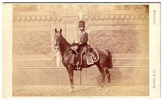 Teniente del 14th regimiento de dragones ligeros (1867)