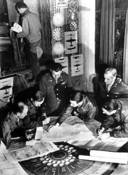 Preparación de las operación por parte de la inteligencia y las operaciones aliadas