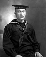 El cuello del uniforme de los marineros