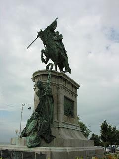 El milagro de la estatua del Gral. San Martín