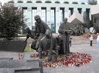 El Alzamiento de Varsovia, bajo tierra