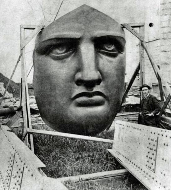 Sorprendentes fotos de la Estatua de la Libertad durante su construcción