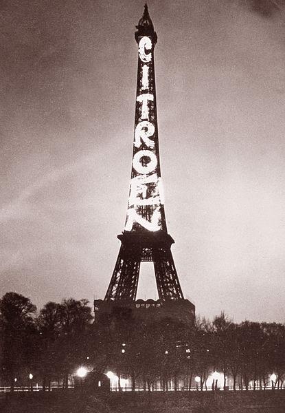 La Torre Eiffel fue un enorme cartel publicitario de Citroën durante una década