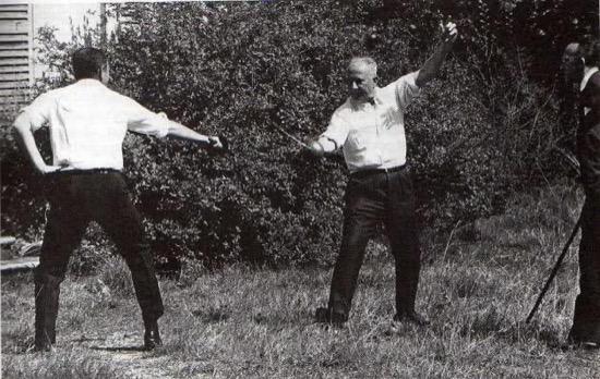 Duelo a espada entre dos diputados en Francia en 1967