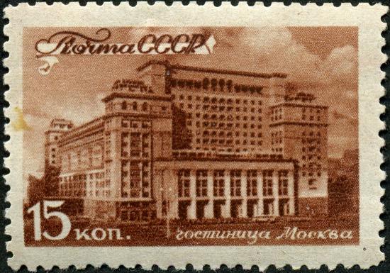 El hotel con dos fachadas para no preguntar a Stalin cuál le gustaba