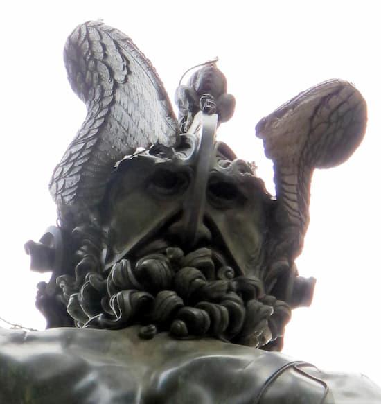 El original autorretrato de Cellini en su Perseo