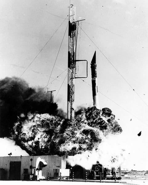 Los soviéticos bromearon con ayudar a EEUU en su carrera espacial